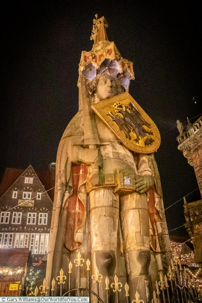 The Roland monument at night, Bremen, German Christmas Markets, Germany