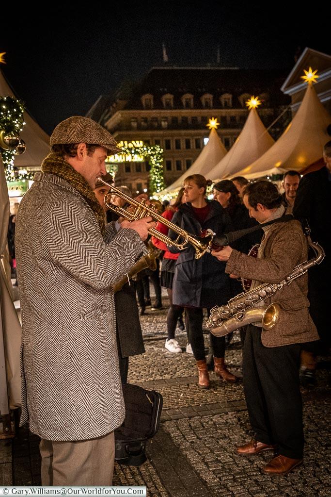The wandering band, Berlin German Christmas Markets
