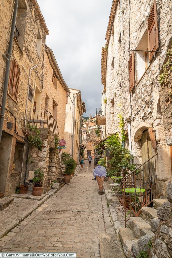 Cobbled streets, Tourrettes-sur-Loup, France