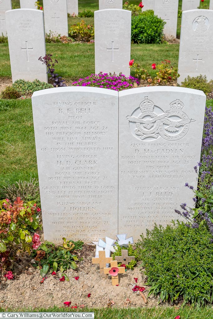 Two headstones, almost joined together, in Bayeux Commonwealth Military Cemetery, to aircrew from the Royal Australian Air Force who perished together.