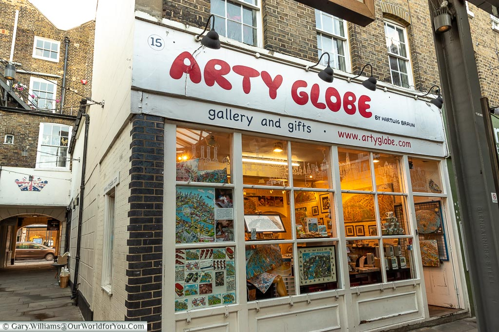 Arty Globe Shop, Greenwich Market, Greenwich, London, England, UK