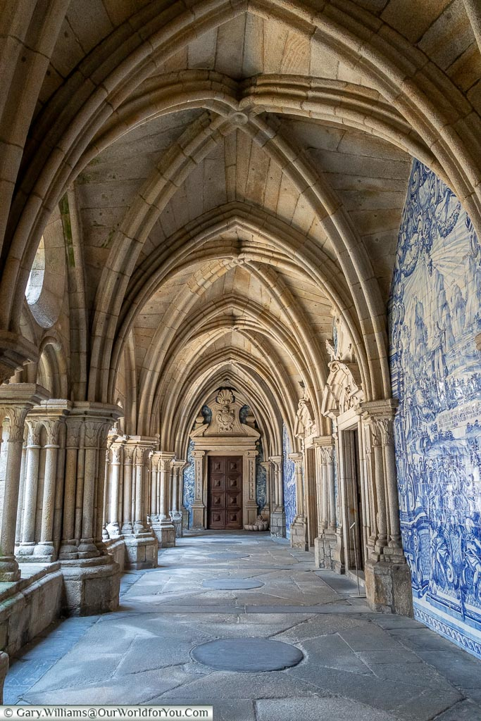 Inside the cathedral cloisters, Porto, Portugal