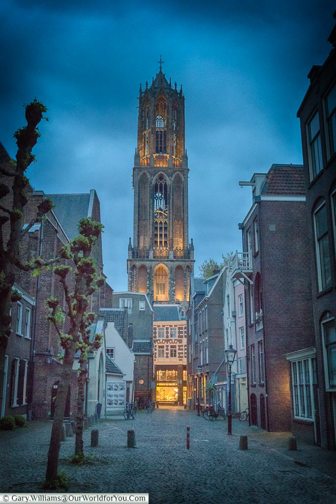 The Dom Tower at dusk, Utrecht, Holland, Netherlands