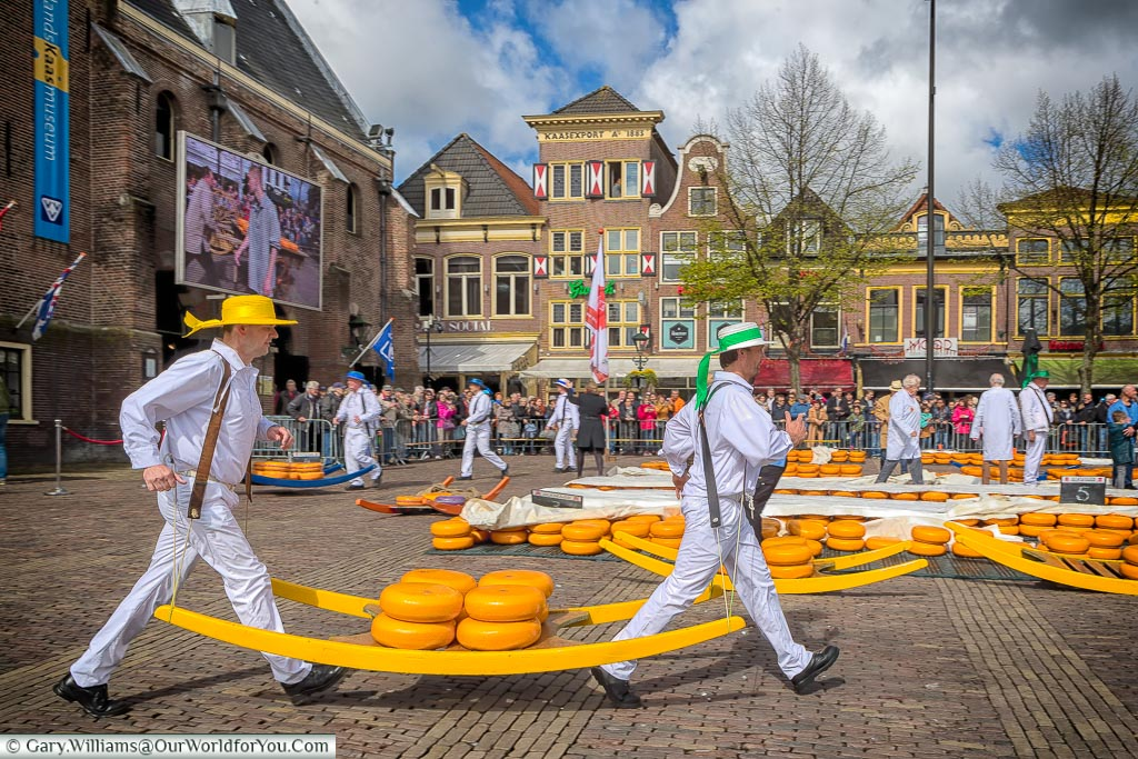The porters or kaasdragers, Alkmaar, Holland, Netherlands
