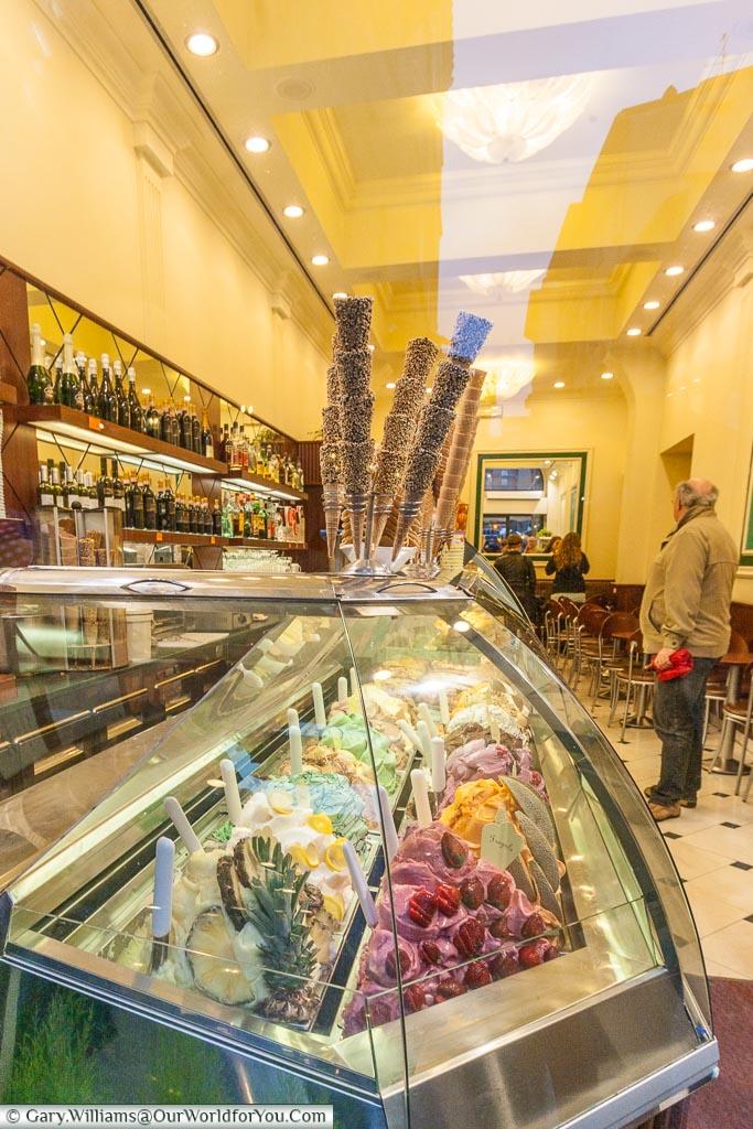 The gelato shop, Florence, Tuscany, Italy
