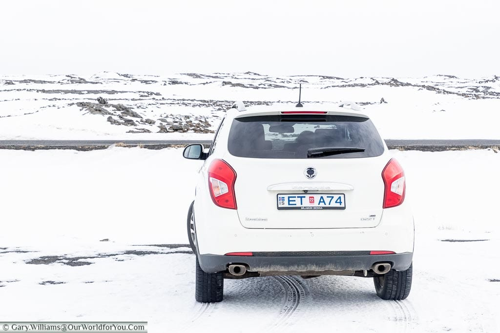 Etta in Icelandic camouflage, Driving in Iceland