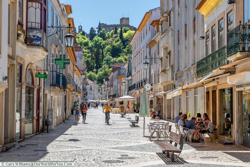 Rua Serpa Pinto, Tomar, Portugal
