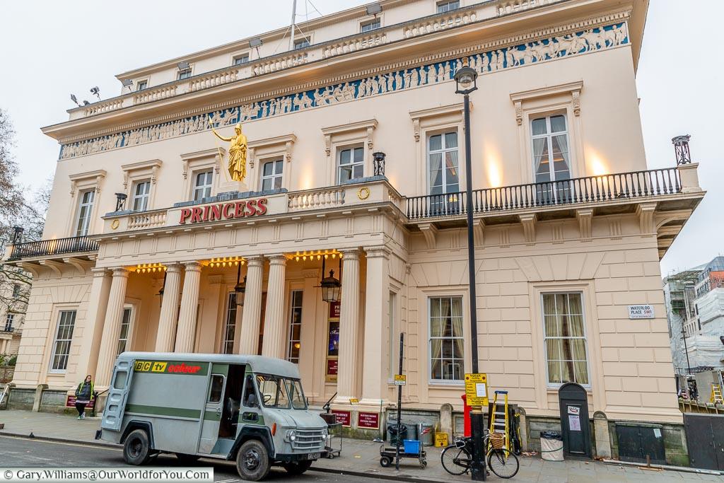 The Athenaeum Club, St James's, City of Westminster, London, England, UK