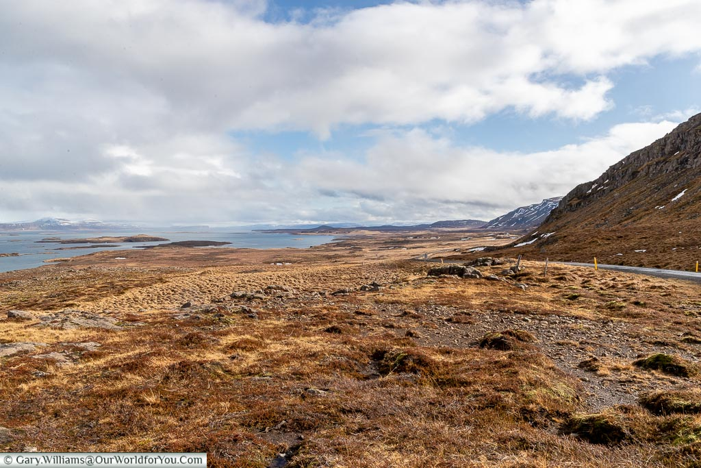 The quiet trails out west, off Route One, Driving in Iceland