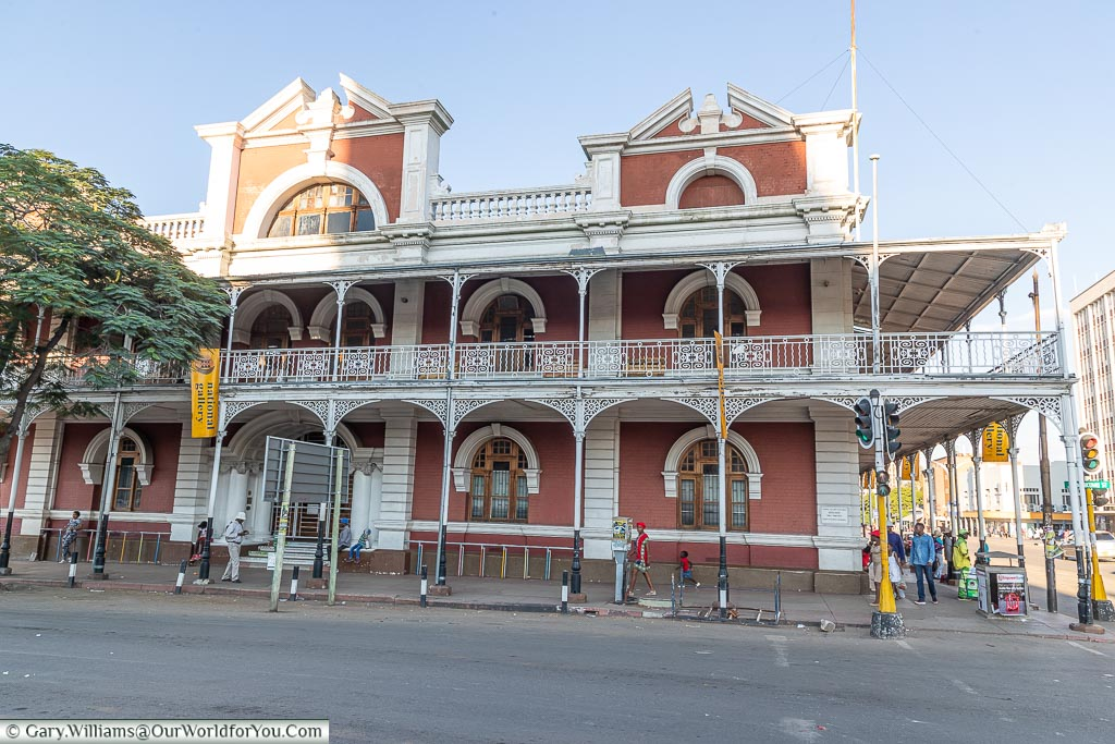 The view of one end of the Bulawayo Art Gallery housed in a historic building that needs a little attention.
