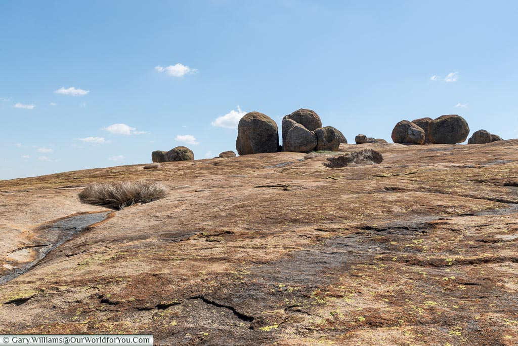 Looking up a collection of boulders at World's View