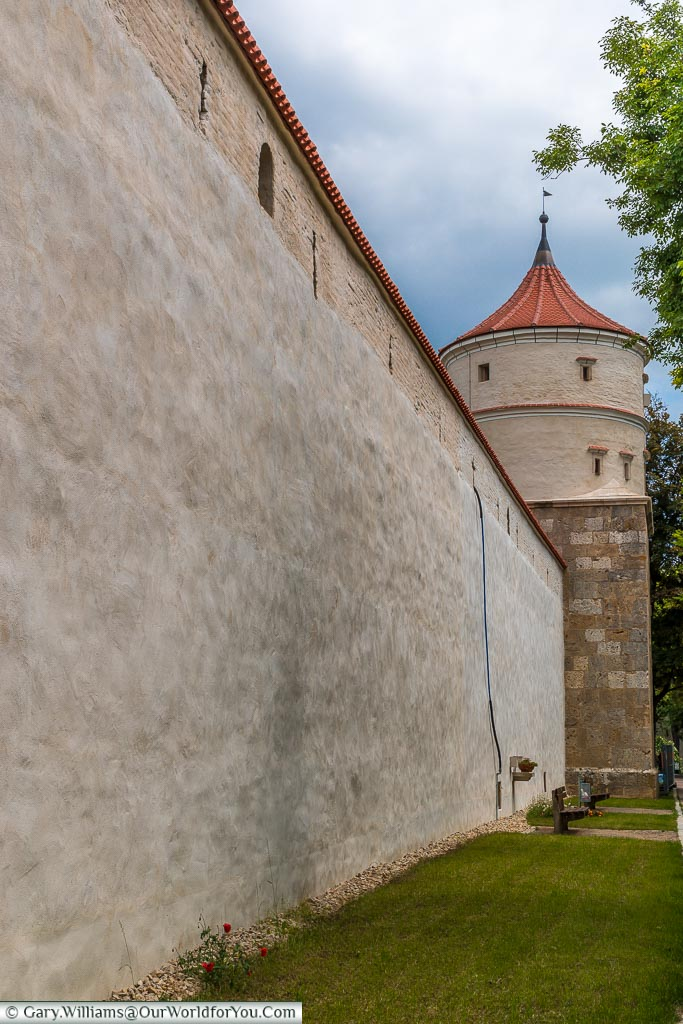 At ground level outside the city wall looking towards one of the Feilturm tower.
