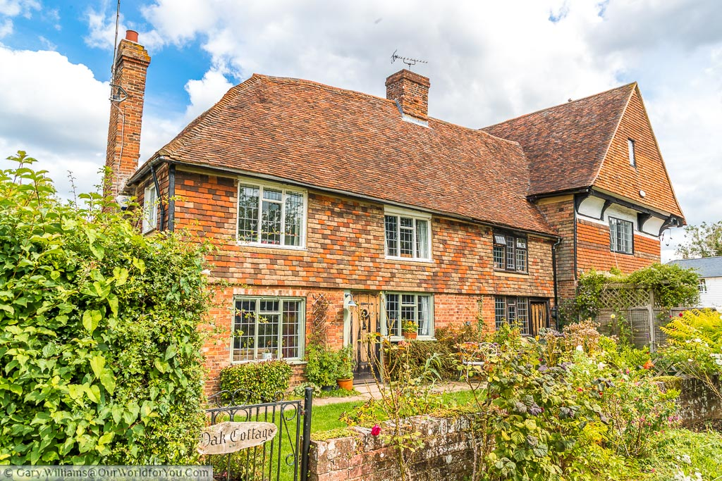 A beautiful old cottage in Headcorn named Oak cottage