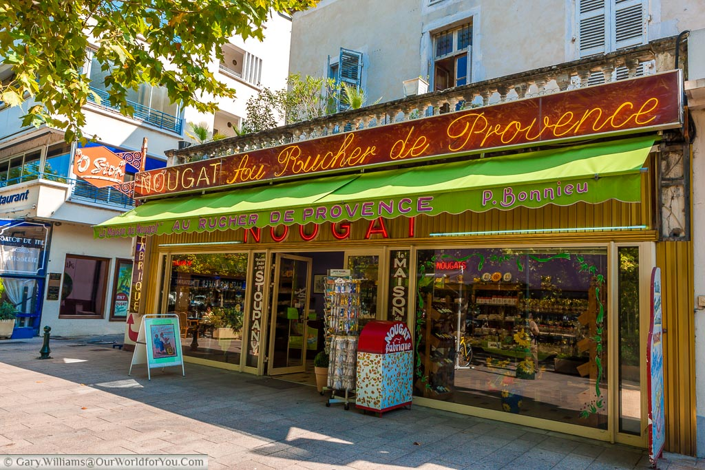 A shop in Montelimar dedicated to the sale of nougat, in the region renowned for this sweet treat.