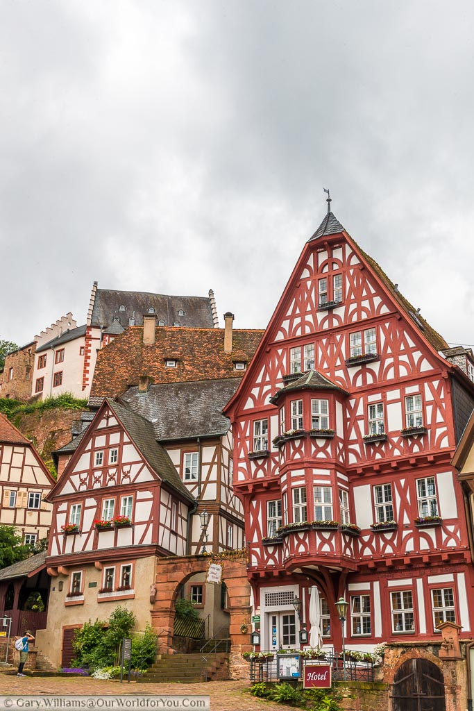 A half-timbered hotel and cafe in marktplatz.