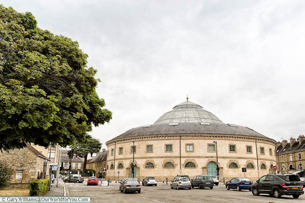 The round 'La Halle au Blé', a former wheat trading centre, with its glass dome, on an overcast day in Alençon.