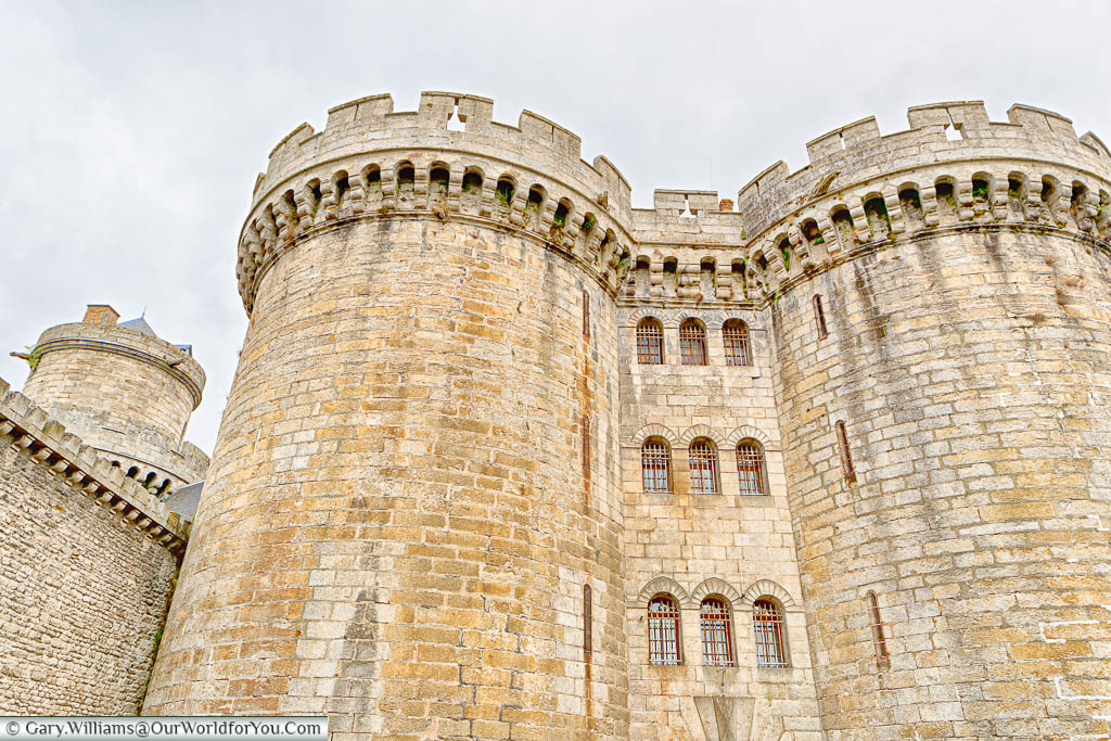 The two round stone tower of 'Le Château des Ducs' in Alençon.