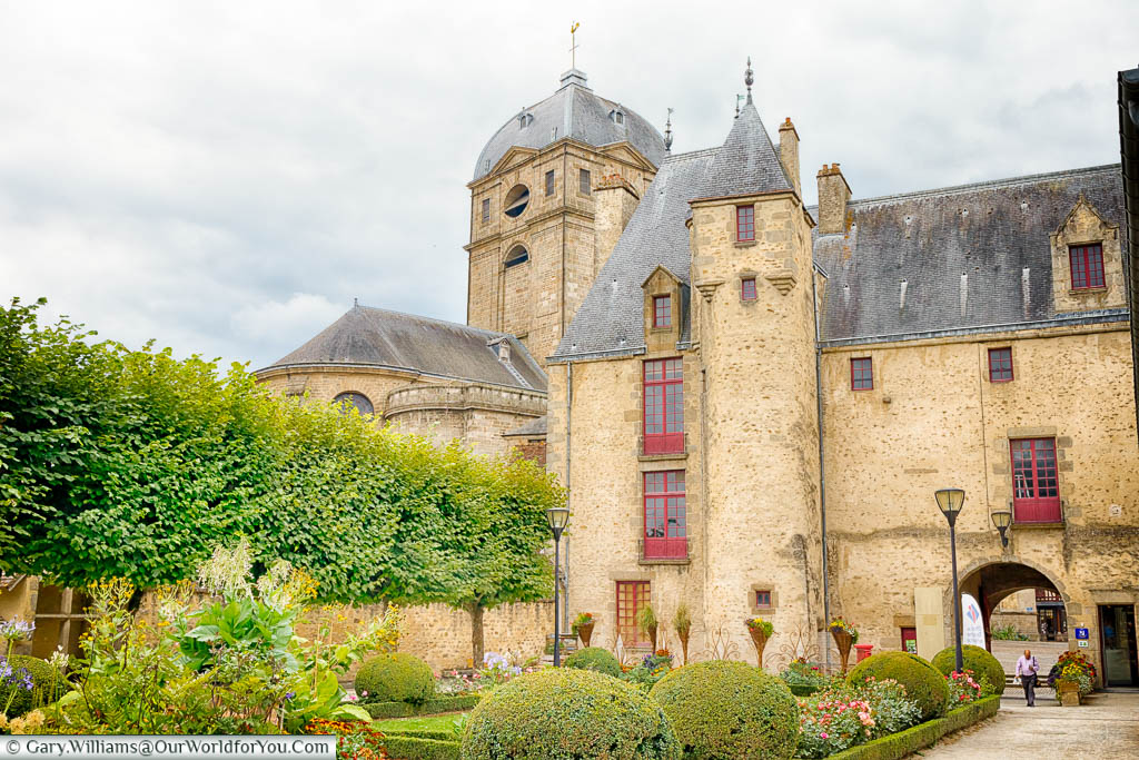The making of a Saint, Alençon, France - Our World for You