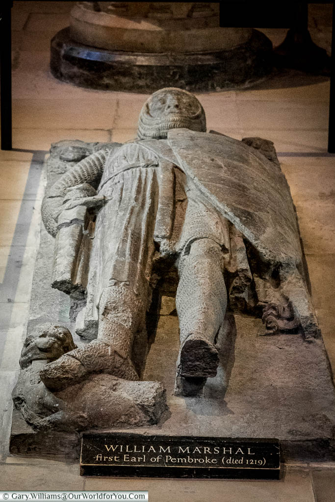 A stone effigy of the Knight William Marshal above his tomb within Temple Church, London