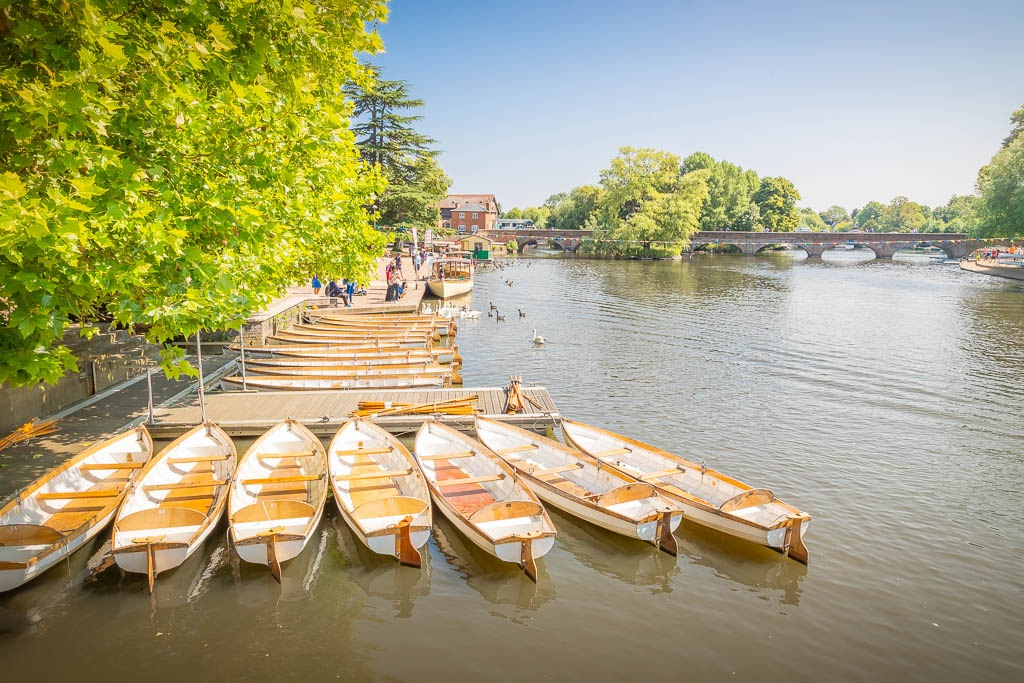 Rowing boats moored up on the riverside in Stratford-upon-Avon