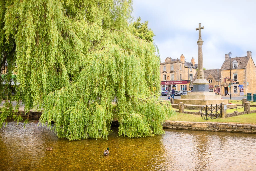 Looking across the River Windrush to the War Memorial in Bouron-on-the-Water