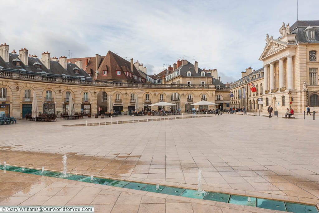 The restaurants & shops line the horseshoe-shaped Place de la Libération in the centre of Dijon, France