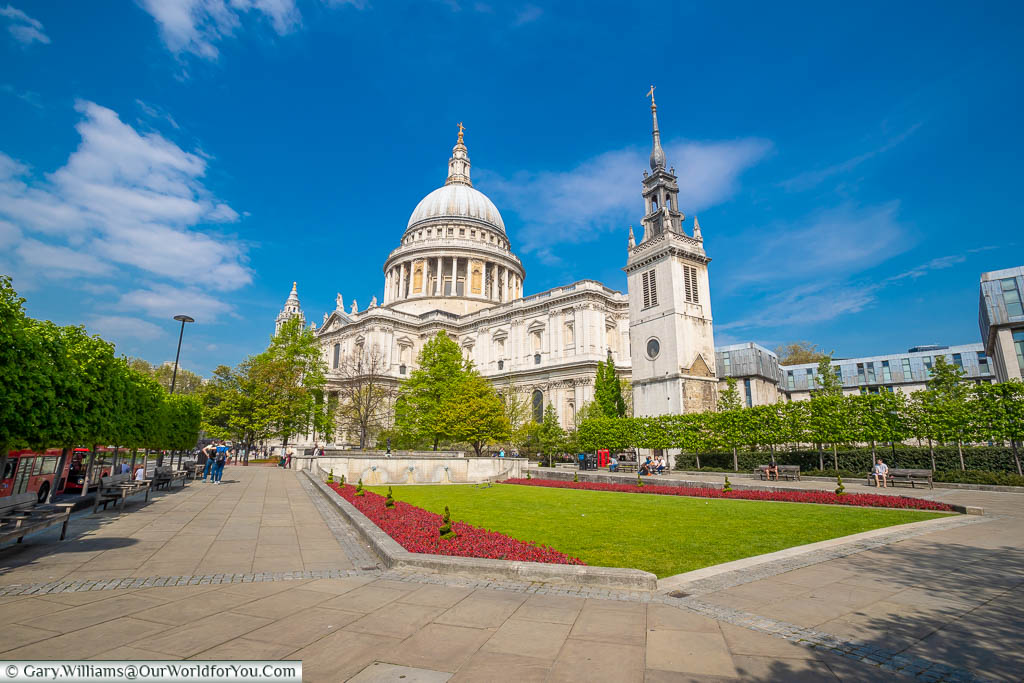 St Paul's Cathedral under a deep blue sky