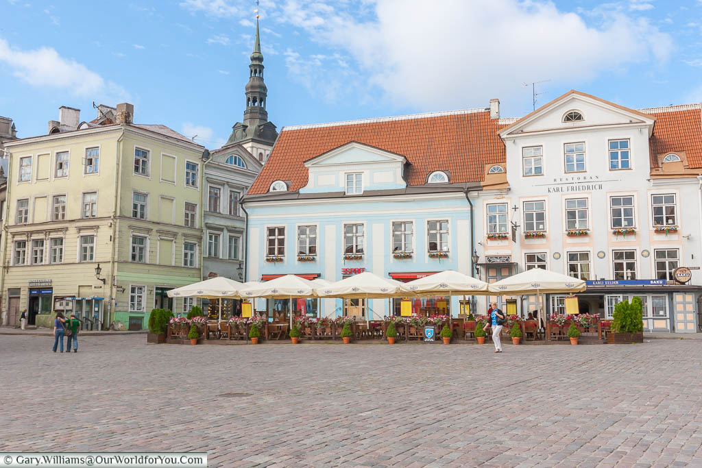 The Raekoja plats - 'Town Hall square' to you and me.