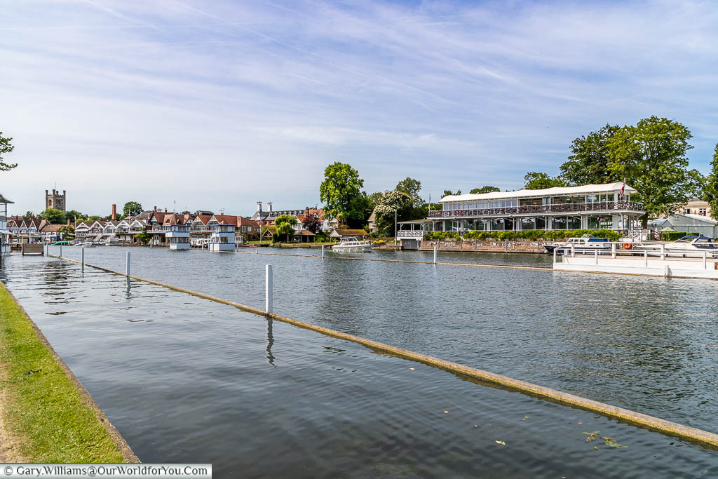 Overlooking the Phyllis Court Club from across the river Thames at Henley-on-Thames