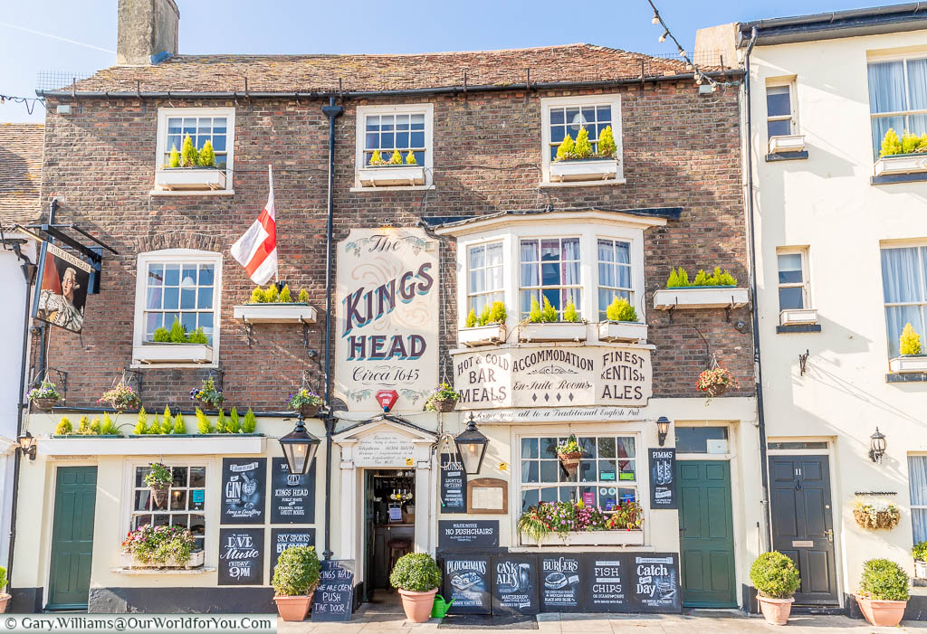 The flamboyantly decorated Traditional King's Head pub in Beach Street, Deal