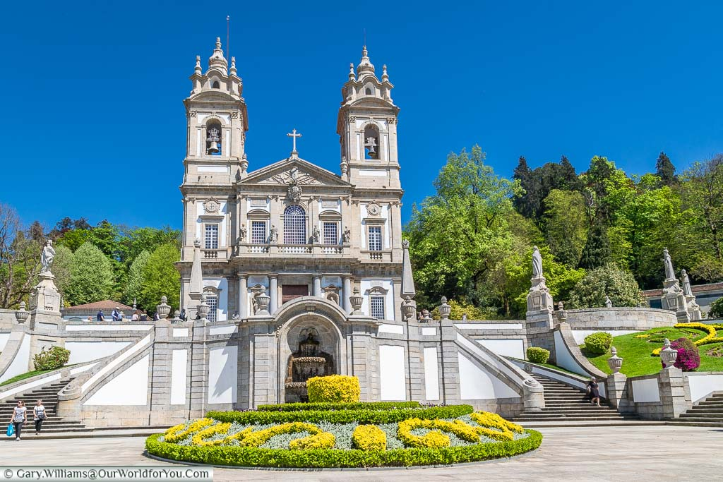 The well-manicured gardens around the baroque, white-faced. chapel of Bom Jesus do Monte in Portugal