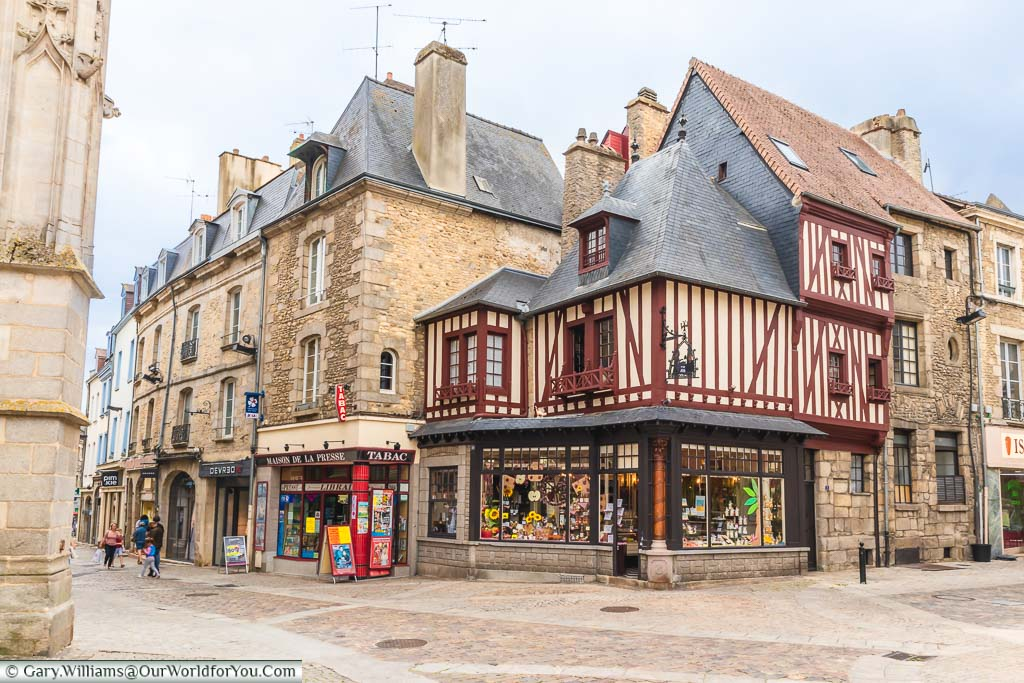A half-timbered shop in the centre of Alençon selling all manner of local produce & gifts for tourists.