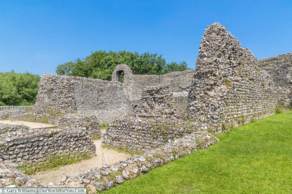 The inner layout of Eynsford Castle consisting of ancient stone walls