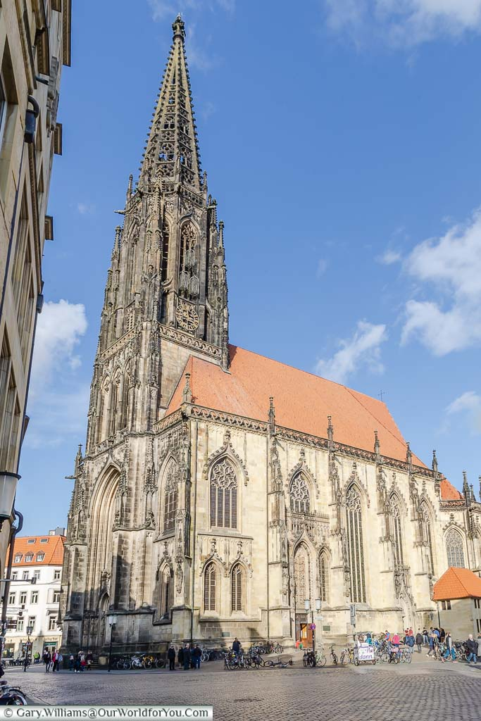 The St. Lamberti Church with its neo-gothic spire in dark stone, similar to that of Cologne Cathedral. Close inspection of the spire will lead you to the 3 cages used to display the corpses of Anabaptists rebels.