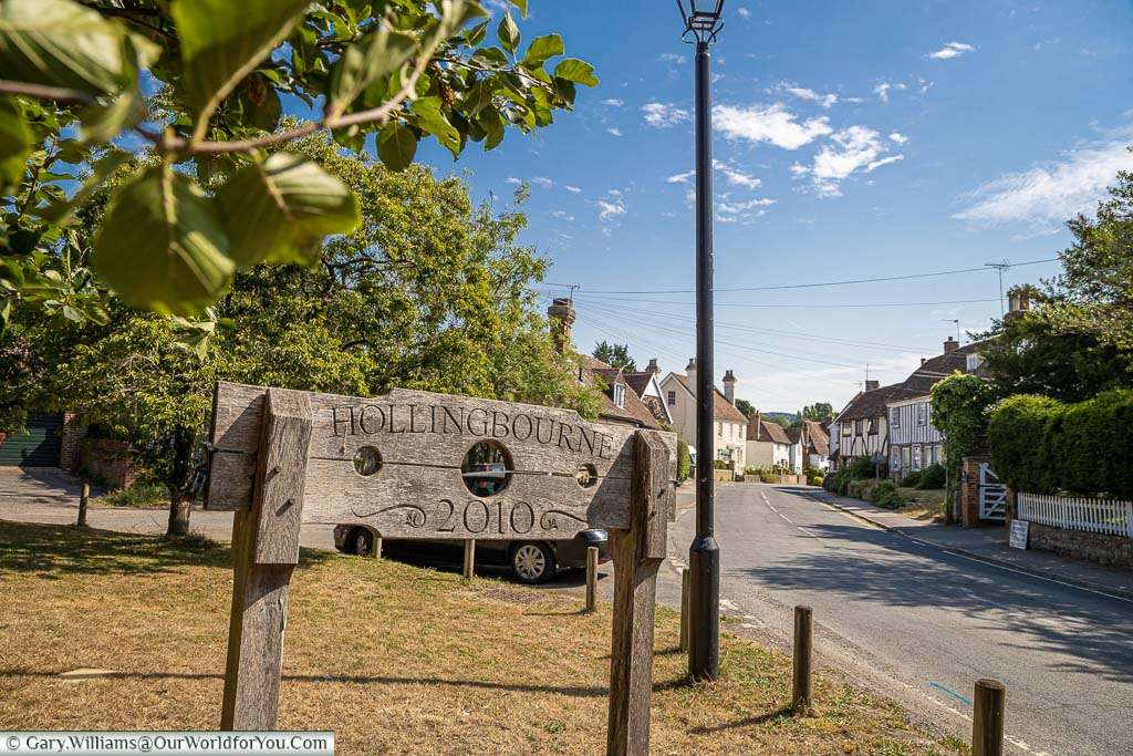 The village sing for Hollingbourne etched on a pillory, commissioned in 2010